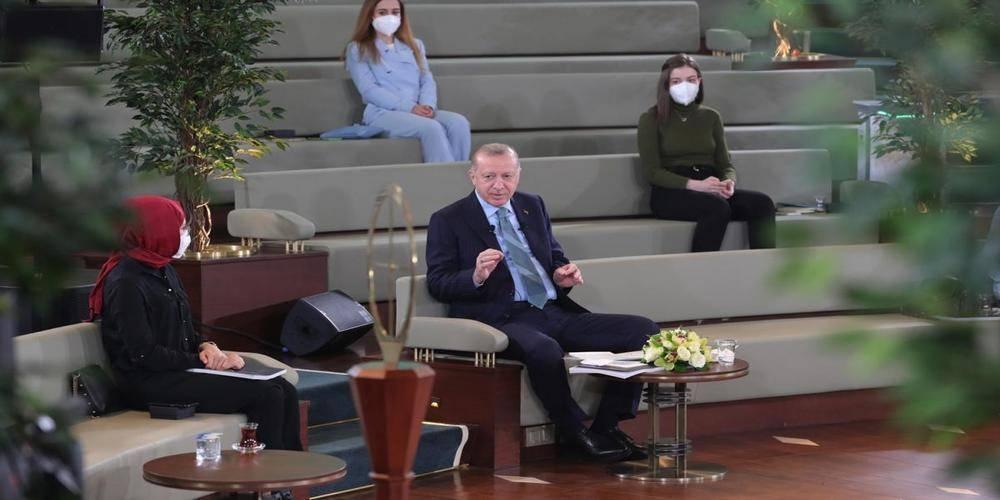 Gençler sordu, Cumhurbaşkanı Erdoğan yanıtladı!