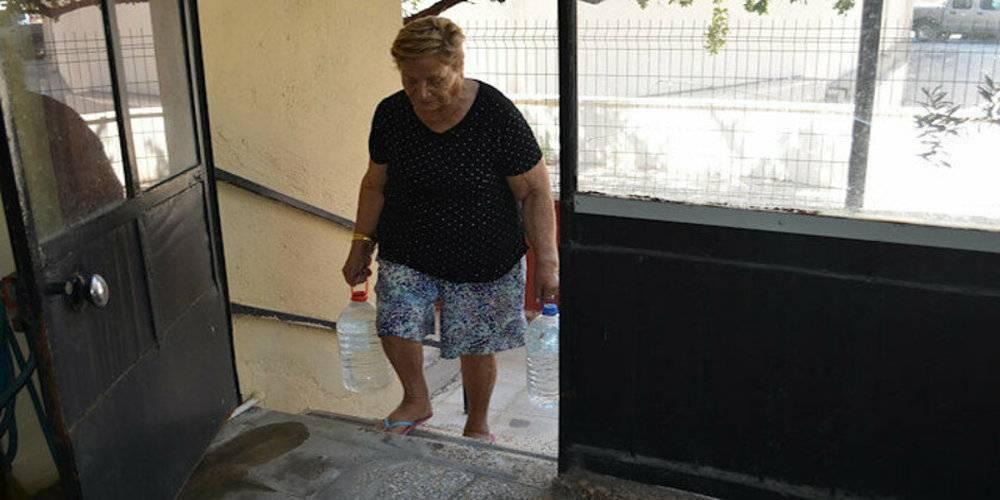 Suya yüzde 11 zam yapılan İzmir'de, evlerde su akmıyor!
