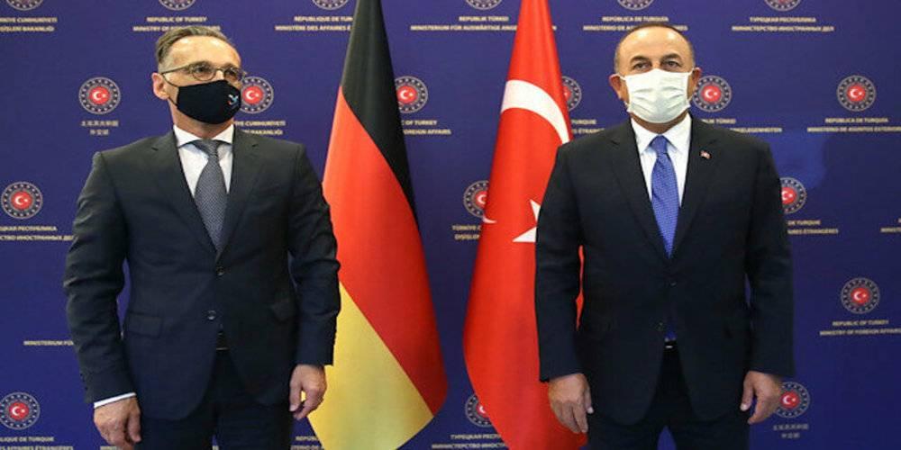 Dışişleri Bakanı Çavuşoğlu'ndan Yunanistan açıklaması: Bu şımarıklıktan vazgeçin
