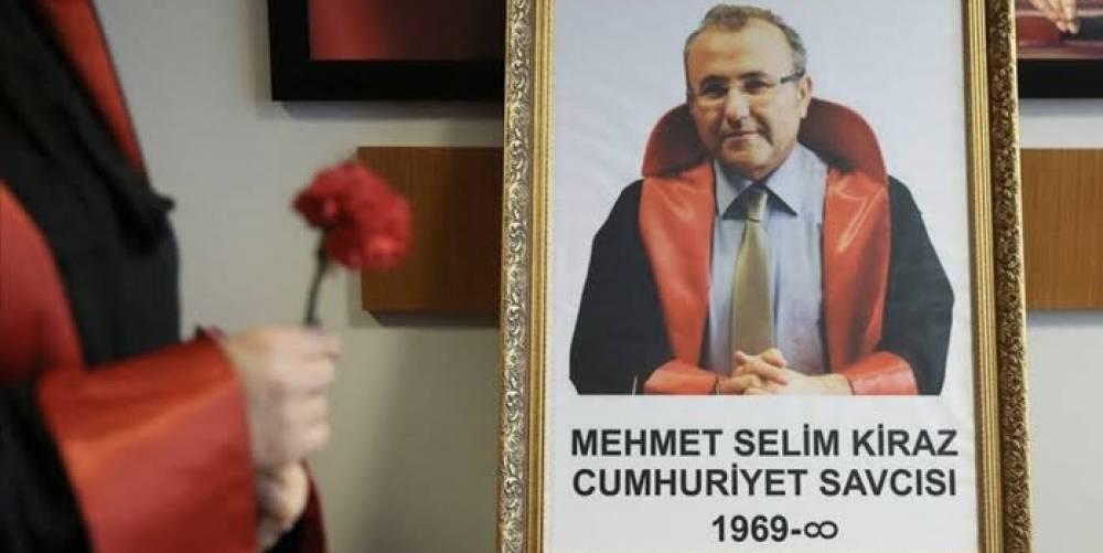 #SavcıMehmetSelimKiraz'ın şehit olduğu hain saldırının ardından başlatılan operasyonla yakalanıp tutuklanan DHKP-C'li #EbruTimtik ölüm orucunda öldü…