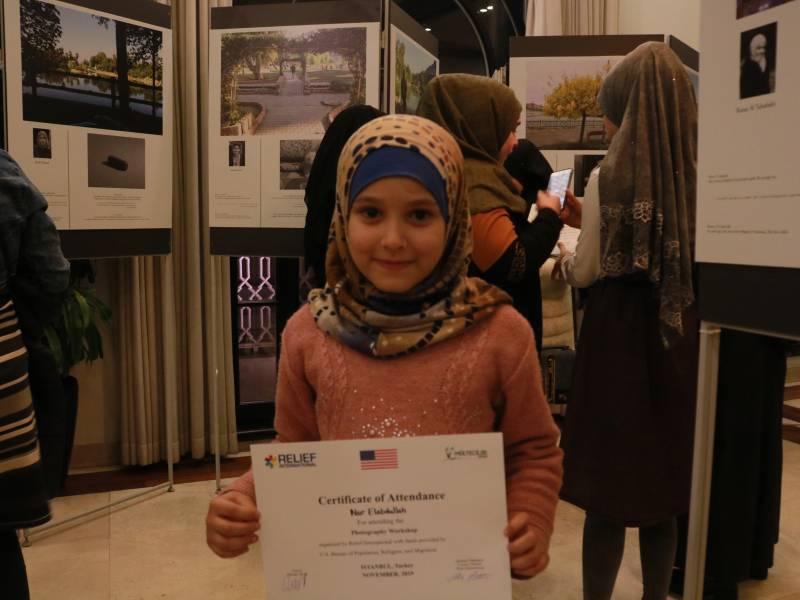 Suriyeli Gençler Hem Fotoğraf Çektiler Hem Hikâyelerini Yazdılar