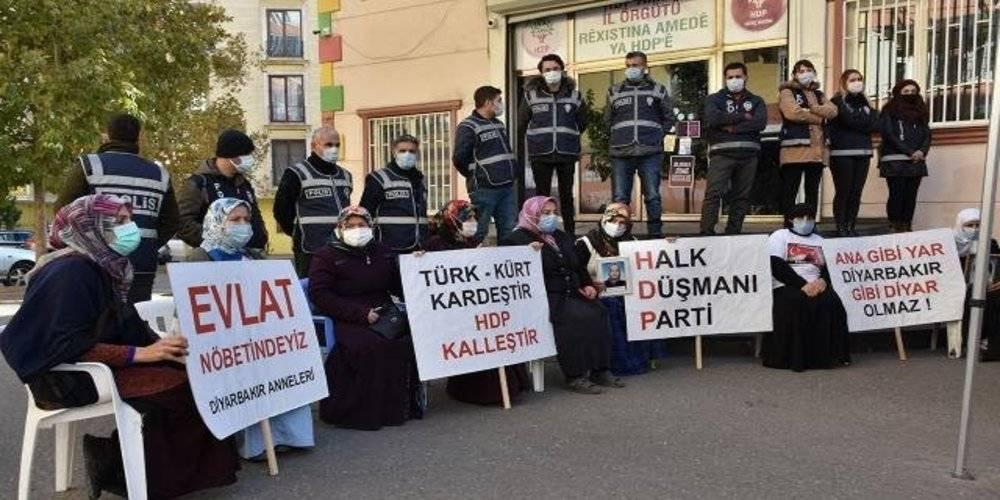 Evlat nöbeti tutan ailelerden HDP uyarısı