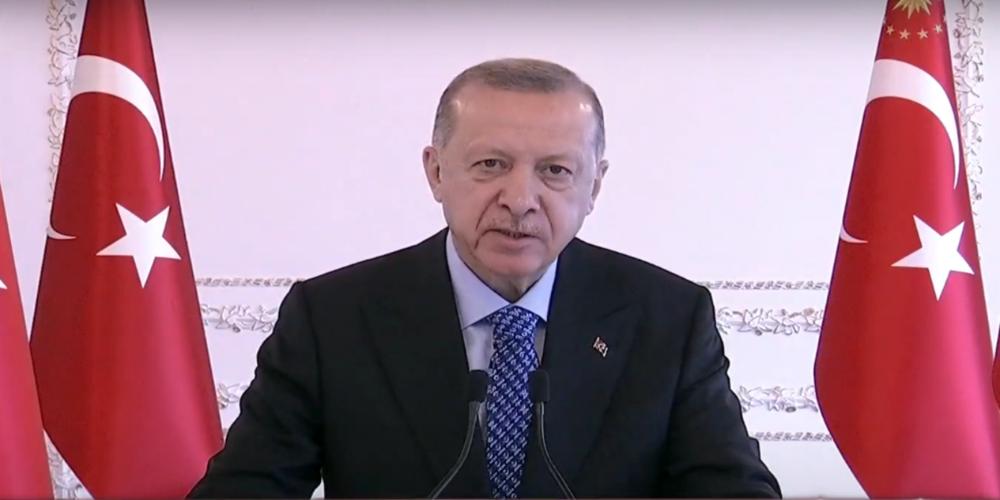 Cumhurbaşkanı Erdoğan: 'Kars-Erzurum arası 25 dakikaya iniyor'