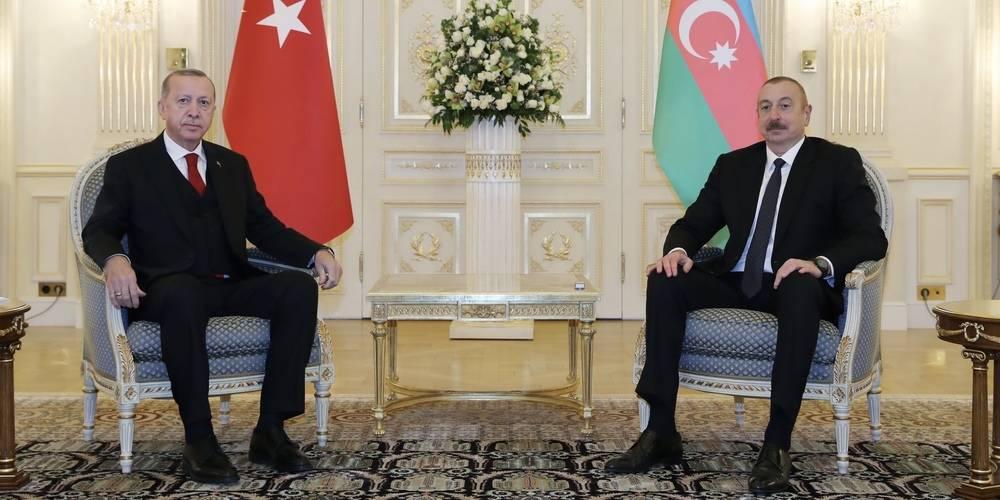 Azerbaycan ile vizeler kalkıyor