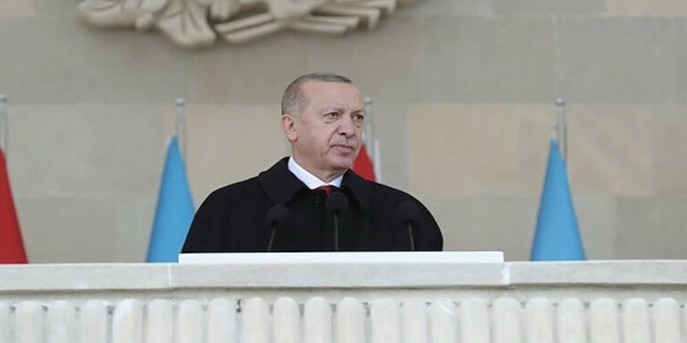 Cumhurbaşkanı Erdoğan Bakü'den seslendi: Siyasi ve askeri alandaki mücadele farklı cephelerde sürecek