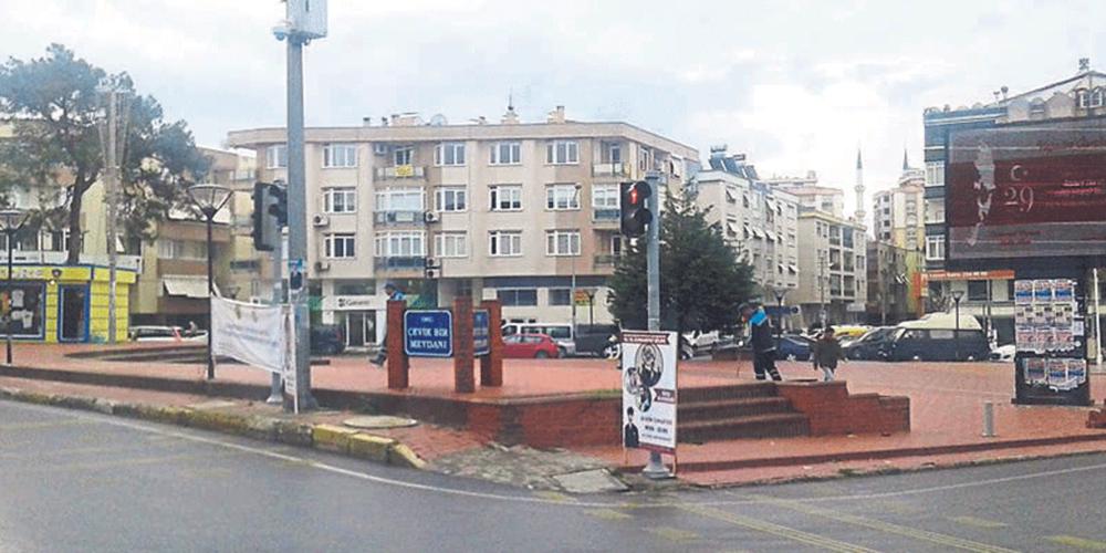 İzmir Büyükşehir Belediye Başkanı CHP'li Tunç Soyer'nin darbeci sevdası
