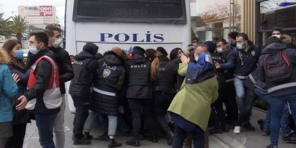 Boğaziçi Üniversitesi Rektörlüğü'nü ablukaya alan provokatörler hangi örgütle bağlantılı??