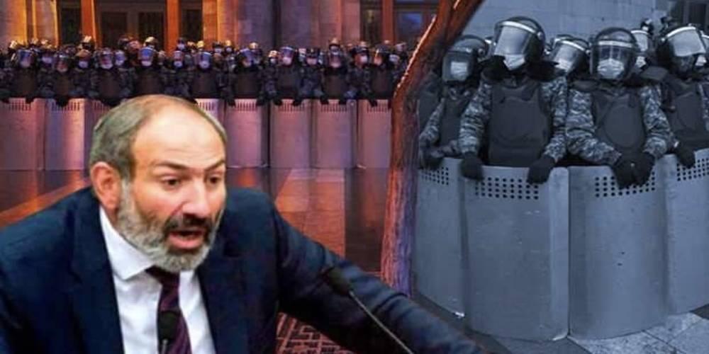 Ermenistan ordusu Paşinyan'ın istifasını istedi