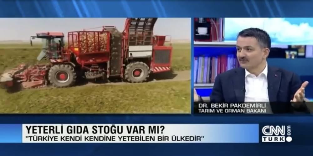 Tarım ve Orman Bakanı Bekir Pakdemirli, Ali Babacan'a işlerin pratikte nasıl yürüdüğünü öğretti