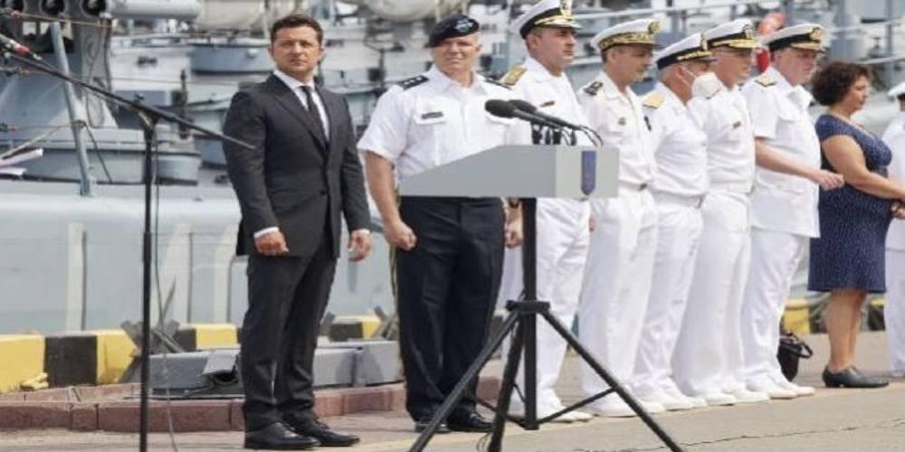Ukrayna Devlet Başkanı Zelenskiy: Yeni savaş gemisinin üretimine Türkiye'de başlandı