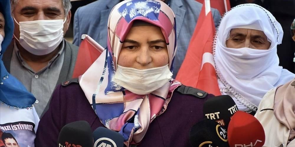 Diyarbakır'daki evlat nöbetine bir aile daha katıldı: HDP'den çocuğumu istiyorum. Çocuğumu HDP kandırdı