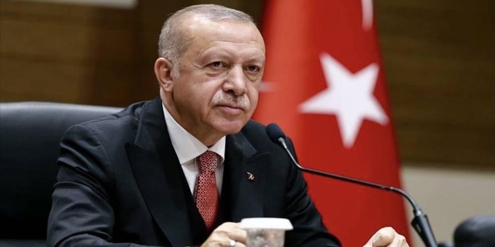 Cumhurbaşkanı Recep Tayyip Erdoğan, 3 bin 480 rakımlı üs bölgesindeki askerlerin bayramını kutladı