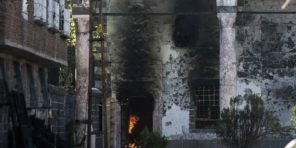 Terör örgütü PKK'nın yaktığı camilere ses çıkarmayan HDP, provokatör Furkan Vakfı'na sahip çıktı