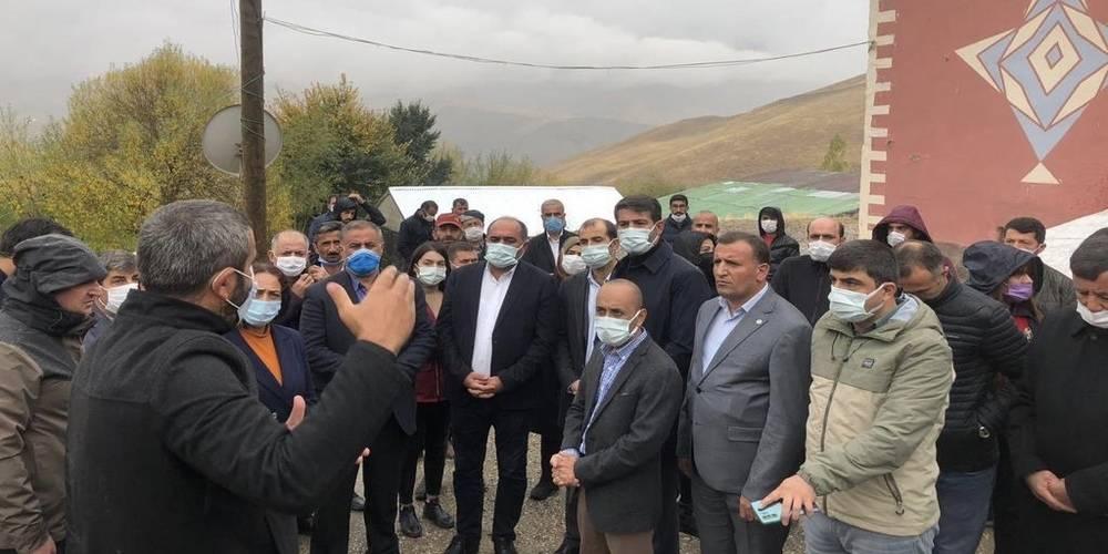 İşçilerin cenazesine katılmayan HDP'den uyuşturucu kuryesinin ailesine destek ziyareti!