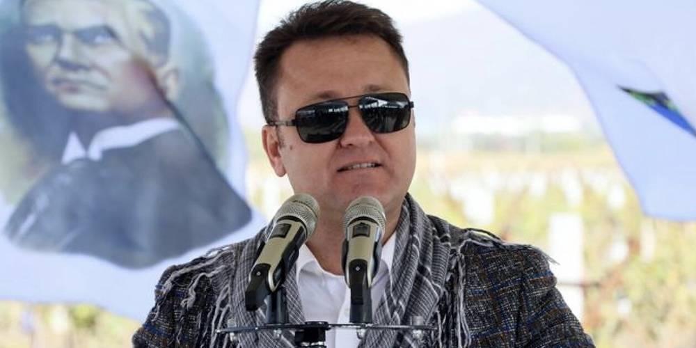 Menemen belediye başkanı Serdar Aksoy gözaltına alındı