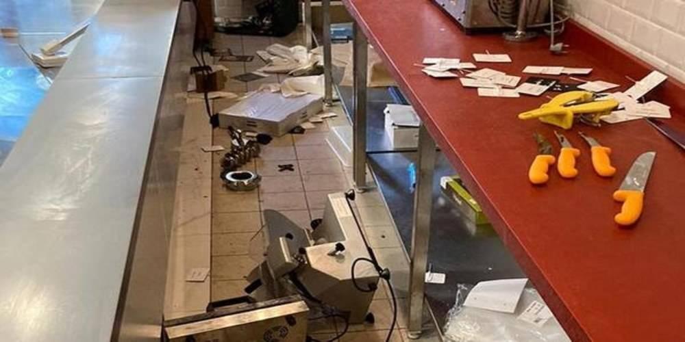 Fransa'da Türklere ait bir kasap dükkanı ırkçı saldırıya uğradı