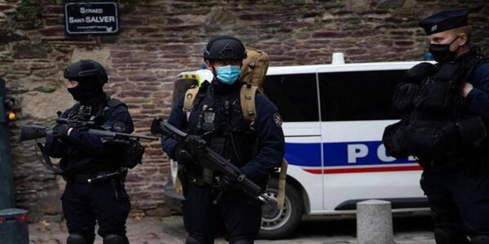 Fransa'daki bıçaklı saldırıyla ilgili gelişme... Saldırısıyla bağlantılı üçüncü kişi gözaltına alındı