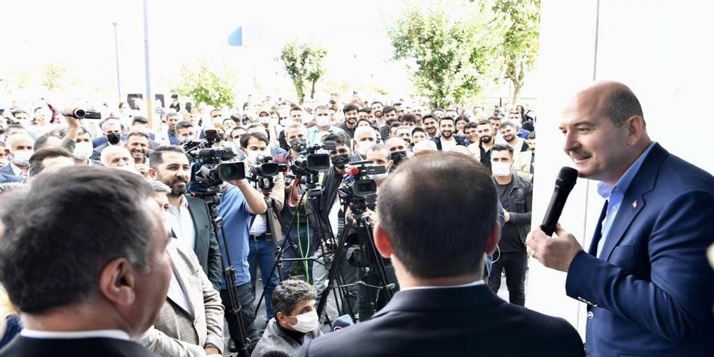 İçişleri Bakanı Süleyman Soylu: Terörü bitirdiğimizin, FETÖ'yü tasfiye ettiğimizin mi hesabını soracaksın?