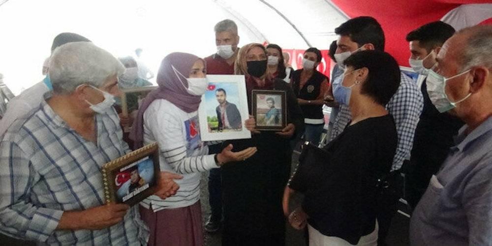 HDP'yi ziyaret ettikten sonra evlat nöbetindeki anneleri ziyaret eden CHP'lilere ailelerden tepki: Ne yüzle geldiniz?