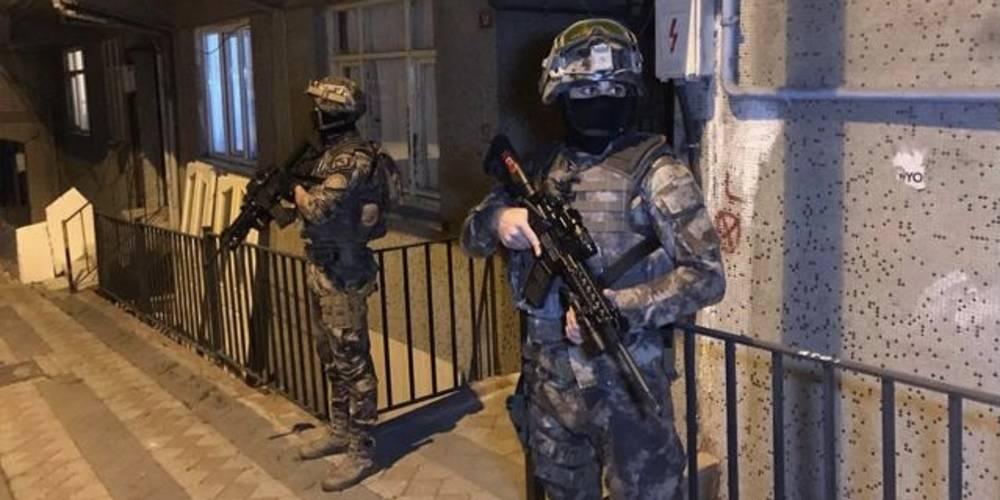 İstanbul'da terör örgütü DHKP-C'ye yönelik operasyonda 8 şüpheli gözaltına alındı